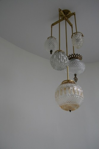 michelle-james-brass-chandelier
